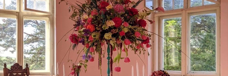 Flori la Castelul Calendar